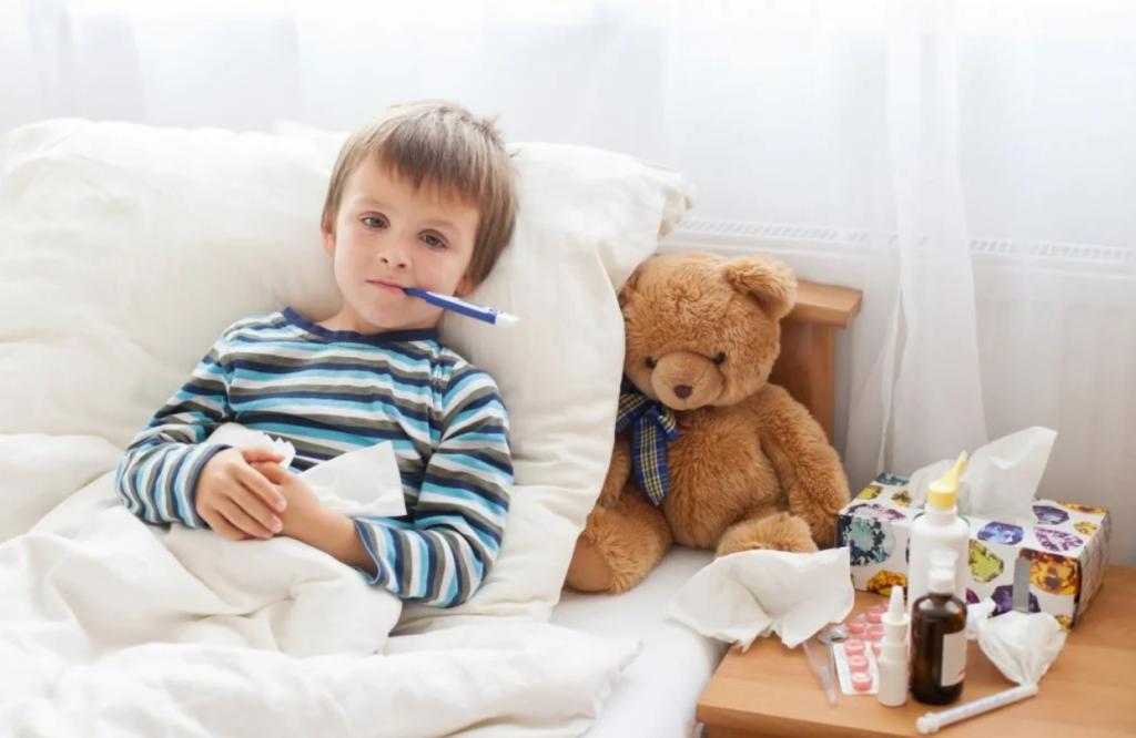 Первые признаки простуды у ребенка чем лечить